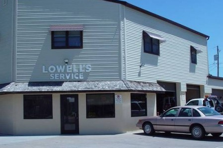 Lowell's Towing Service