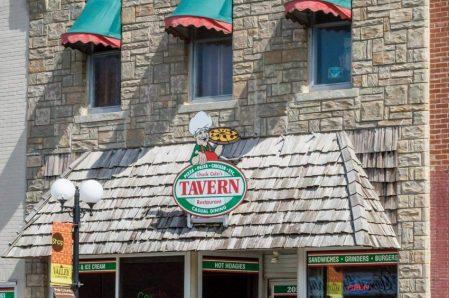 *The Tavern Pizza & Pasta
