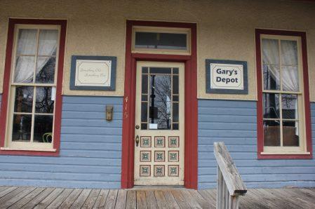 *Gary's Depot