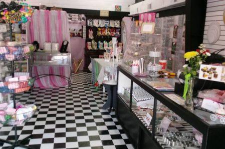 A Creative Sweets Shoppe